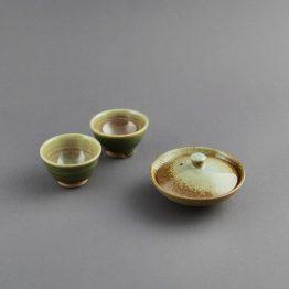 Kame-Ishi: Teeset von NARIEDA Shinichiro